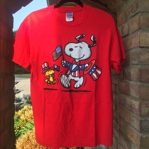 🇺🇸Vintage 90s patriotic Snoopy tee